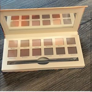 6 Cargo Cosmetics eyeshadow palettes